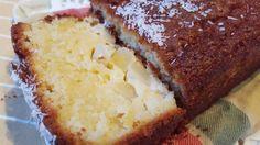 Ingrédients     Un petit ananas ou une boite d'ananas en sirop   125g de sucre en poudre   125g de beurre   3 oeufs   300g de farine   Un sachet de levure   125g de noix de coco en poudre      Préparation     R&eac