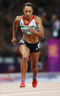 Jessica Ennis Photos - Jessica Ennis of Great Britain competes in the Women's Heptathlon to win overall gold on Day 8 of the London 2012 Olympic Games at Olympic Stadium on August 2012 in London, England. Athletic Body, Athletic Women, Jessica Ennis Hill, Jess Ennis, Great Britain Olympics, Running Pose, Heptathlon, Gold Medal Winners, Athletic Events