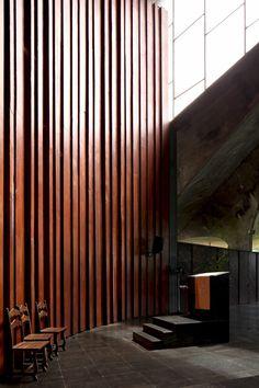 Galeria de Clássicos da Arquitetura: Igreja do Centro Administrativo da Bahia / João Filgueiras Lima (Lelé) - 22
