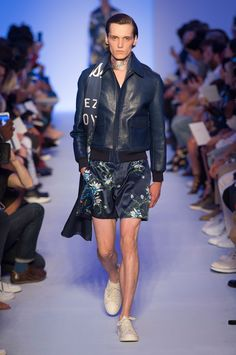 Louis Vuitton SpringSummer 2016 Collection - Paris Fashion Week - DerriusPierreCOm (8)