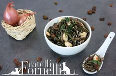 Aromatic wild rice enriched with diced chicken, raisins and fresh mint leafs - Fratelli ai Fornelli