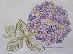 Free motion machine embroidery flower. Shirt Embroidery, Hand Embroidery Patterns, Embroidery Stitches, Machine Embroidery, Embroidery Designs, Fabric Manipulation, Textile Art, Hand Stitching, Screen Printing
