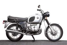 The Little Boxer: 1969-1973 BMW R50/5 - Classic German Motorcycles - Motorcycle Classics