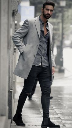 e2dfcb9b37714 The Best 5 Winter Outfits With Long Coats #mensfashion #streetstyle  #longcoats #outfits #MensFashionWinter