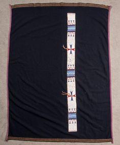 Одеяло с бисерной полосой, Сиу. Размер одеяла 36 x 50 дюймов, полоса 42 х 3 дюйма. Период: конец 19 начало 20 века. March In Montana. 2016.