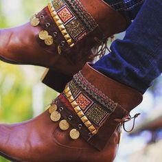 """25 curtidas, 1 comentários - Gipsy Shop (@ggipsyshop) no Instagram: """"Repagine sua bota!! Acessórios lindos na #ggipsyshop"""""""