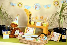 Party Frosting: Baby safari - baby shower ideas/inspiration!