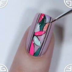 --Video Pin-- Easy and special mosaic nail art By: yagala Nail Art Designs Videos, Nail Design Video, Nail Art Videos, Nail Polish Designs, Nails Design, Purple Nail Art, Silver Nail Art, Rose Nail Art, Simple Nail Designs