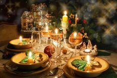Christmas dinner table with christmas mood. Christmas dinner table with candles , Christmas Dinner Images, Merry Christmas, Christmas Tablescapes, Christmas Mood, Christmas Candles, Holiday Tables, Christmas Pictures, Christmas Brunch, Xmas