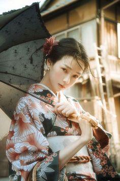 Fashion Tips Illustration .Fashion Tips Illustration Japanese Costume, Japanese Kimono, Japanese Girl, Japanese Beauty, Asian Beauty, Yukata Kimono, Art Asiatique, Kimono Design, Art Japonais
