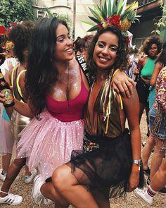 """1,120 curtidas, 14 comentários - Sofia martins (@sofiarmartins) no Instagram: """"melhor surpresa de 2018 ❤️ #tonoadorofarm #carnachegou"""""""