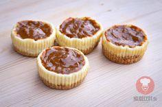 Mini Cheesecake koláčiky s karamelovou polevou