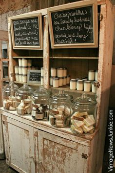 Antique Booth Display Ideas That Affect Household - Dreamy Vintage Tricks . - Antique Household Display Ideas – Dreamy Vintage Junk Shop Ideas for Decorating Your Own Stand Re -