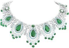 #VanCleefArpels #necklace Pierres de Caractere #Variations Collection seen on #HauteCoutureCollezioni 161