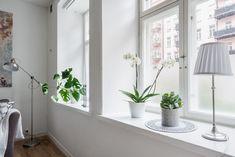 Lundin Fastighetsbyrå - 2:a Lorensberg  -  Ljuvligt charmig med egen uteplats
