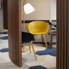 We're happy to sit in this waiting room at dental office Decker Racine in Lyon, France. The striking installation of Bolon Studio™ Wings makes us smile! #bolonflooring #bolon #flooring #archilovers #madeinsweden