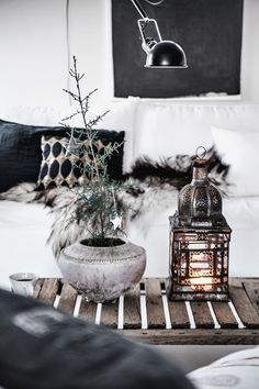 A Skåne sitting room beautifully decorated for Christmas