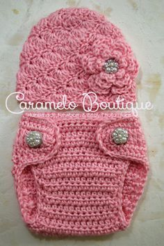 Rosa bebé elegante sombrero de niña y pañales por CarameloBoutique                                                                                                                                                                                 Más