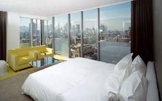 http://i.dailymail.co.uk/i/pix/tm/2009/01/04/Hotelroom_428x269_to_468x312.jpg