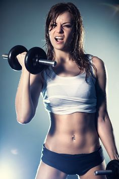 25 reasons why women should lift weights.