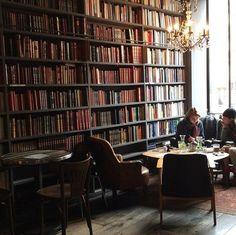 Merci, Paris, FranceA café that channels a Parisian bibliotheque is worth its… Restaurant Am Wasser, Restaurant Berlin, Modern Restaurant, Cozy Coffee Shop, Coffee Shop Design, Coffee Coffee, Coffee Maker, Coffee Travel, Coffee Island