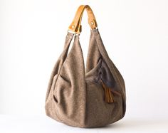 Kallia in brown  wool and light brown leather von Handmade Bags by Milloo auf DaWanda.com
