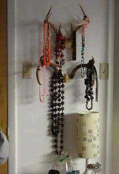 jewelry organization...wonder how offended Jonathan would be if I used his antlers for storage? :)