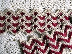 Crochet Afghan Patterns Crochet Sweetheart Ripple Afghan - Video Tutorial ❥ cute for a baby blanket? Crochet Afghans, Motifs Afghans, Crochet Ripple, Manta Crochet, Afghan Crochet Patterns, Knit Or Crochet, Baby Blanket Crochet, Crochet Crafts, Crochet Stitches