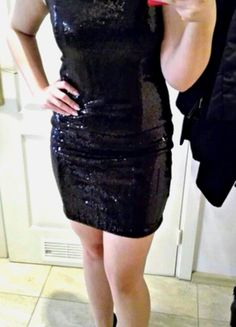 Kup mój przedmiot na #vintedpl http://www.vinted.pl/damska-odziez/krotkie-sukienki/13723611-mala-czarna-sukienka-cekiny-seksowna