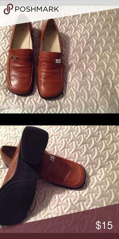 65d80ea01c6 Anne Klein Shoes Chestnut color shoes. EUC Anne Klein Shoes Flats   Loafers  Anne Klein