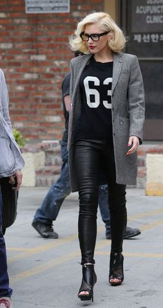 92505447b0 gwen stefani no doubt reunion 12 Gwen Stefani heads to yet another  acupuncture appointment on Friday afternoon (February in Los Angeles.