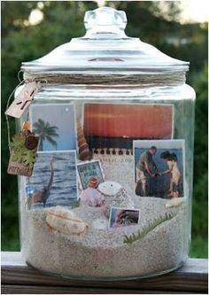 """Como sou um """"sentimentalão"""" quero oferecer ao meu pai um presente cheio de emoções e carinho, então o presente que decidi oferecer acho que tem isso tudo e mais qualquer coisa.Um presente a lembrar os tempos divertidos em férias...na praia, claro! Feliz di..."""