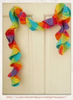 Twirly rainbow scarf and pattern