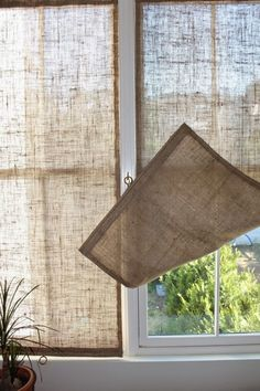 Creative Window Treatments Burlap Shades love this idea for the French doors. Summer gets real HOT where they're located.Burlap Shades love this idea for the French doors. Summer gets real HOT where they're located. Unique Window Treatments, Burlap Window Treatments, Window Treatments French Doors, Basement Window Treatments, Picture Window Treatments, French Door Coverings, Farmhouse Window Treatments, Window Treatments Living Room, Diy Casa