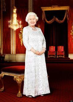 Lovely new portrait of Queen Elizabeth II. Queen Elizabeth II loves to smile.
