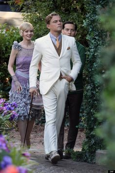 ~Leonardo DiCaprio as Jay Gatsby, Tobey Maguire as Nick Carraway and Carey Mulligan as Daisy Buchanan, The Great Gatsby, Jay Gatsby, O Grande Gatsby, Gatsby Style, 20s Style, Retro Style, The Great Gatsby Movie, Great Gatsby Fashion, 20s Fashion, Leonardo Dicaprio
