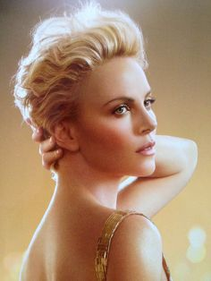 The eternal beauty of Charlize :) #charlize