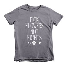 Pick Flowers not Fights, boho, hippie style, Short sleeve kids t-shirt