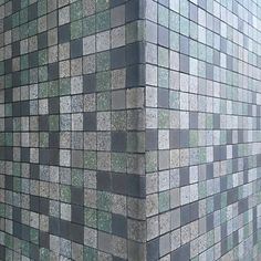 Ab morgen wird's bunt :: Kölle Alaaf :: Aquinostraße :: Carreau de Cologne #carreaudecologne #tilesofcologne #koelschefliesen #fliesen #tiles #carrelage #ihavethisthingwithtiles #tileaddiction #ihaveathingforwalls #köln #kölle #cologne #agnesviertel #visitkoeln #hiddencologne #thisiscologne #koelnergram #365cologne #koelscheecken #liebedeinestadt #kölnarchitektur #colognearchitecture #architecture #facade #texture #minimalism #grid #vscocam #vscogermany by carreau_de_cologne