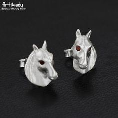 Artilady 925 sterling silver stud earrings handmade fashion natural stone horse's head earrings for women jewelry wedding