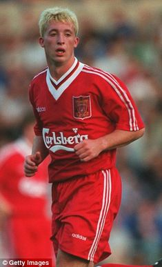 Robbie Fowler was one of England's top marksman throughout the Liverpool Football Club, Liverpool Fc, Manchester Derby, Liverpool Legends, Eric Cantona, Big Six, You'll Never Walk Alone, Soccer Kits, Retro Football