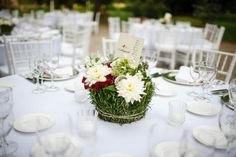 rosemary centerpiece | | nature inspired wedding | see more on http://weddingwonderland.it/2014/02/matrimonio-naturale-nella-campagna-milanese.html