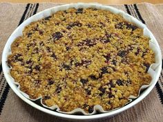 Liian hyvää: Kahden murun puolukkapiirakka Pie, Desserts, Food, Torte, Tailgate Desserts, Cake, Deserts, Fruit Cakes, Essen