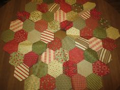 layout for hexagon tree skirt