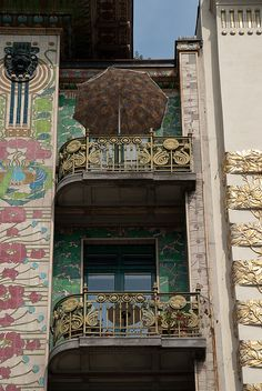 "Vienna, ""majolica house "", 1899, arch. Otto Wagner"