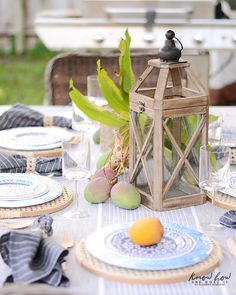 HomeGoods Summer Home Tour Center Piece Outdoor Table Centerpieces, Summer Table Decorations, Boho Home, Outdoor Living, Outdoor Decor, Al Fresco Dining, Diy Home Decor Projects, Dinner Table, Backyard Patio