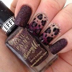 Dark red glitter fashion nails
