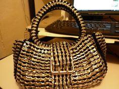 Bolso hecho con anillos de las latas de coca cola¡¡¡¡