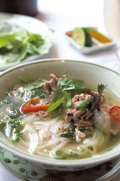Pho-keitto Pho, Ramen, Soup, Healthy, Ethnic Recipes, Ethnic Food, Soups, Windows