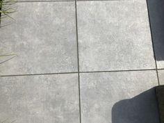 vt wonen buitentegels. Een keramische tegel voor een onderhoudsvrije tuin.